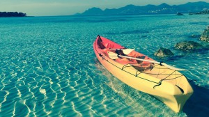 kayak-evasion-location-cannes-antibes-nice-monaco-rent-ilesdelerins